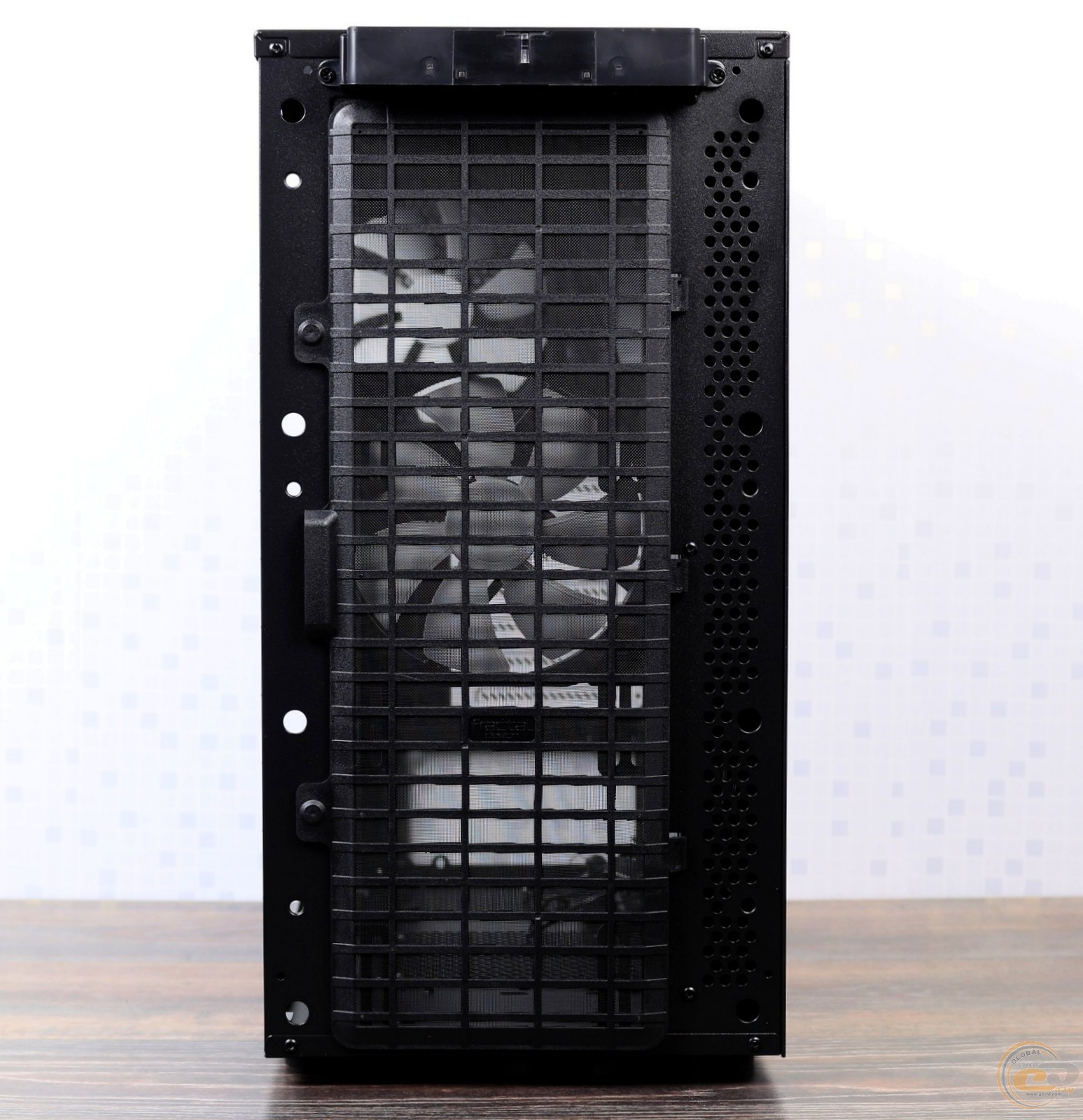 Case fractal design define s window review and testing for Window definition