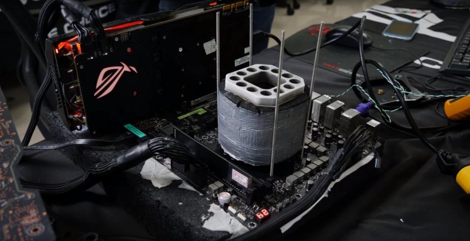 AMD Ryzen 7 2700X-2