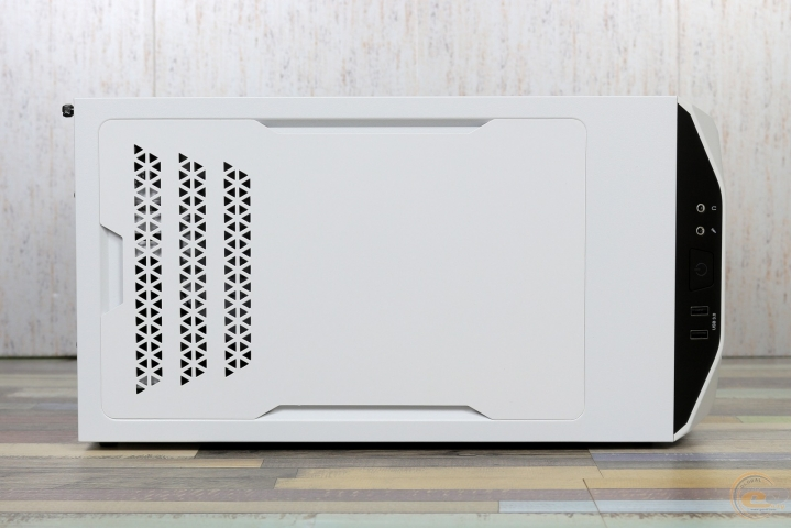 be quiet! Pure Base 500 Window White-5