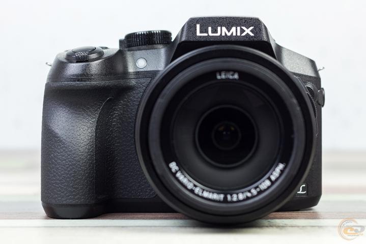 Panasonic LUMIX DMC-FZ300 1