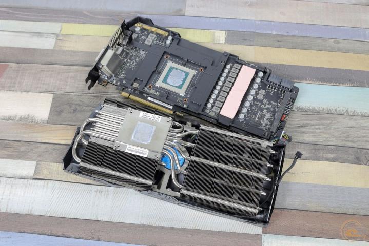 ROG-STRIX-GTX1080TI-O11G-GAMING-2